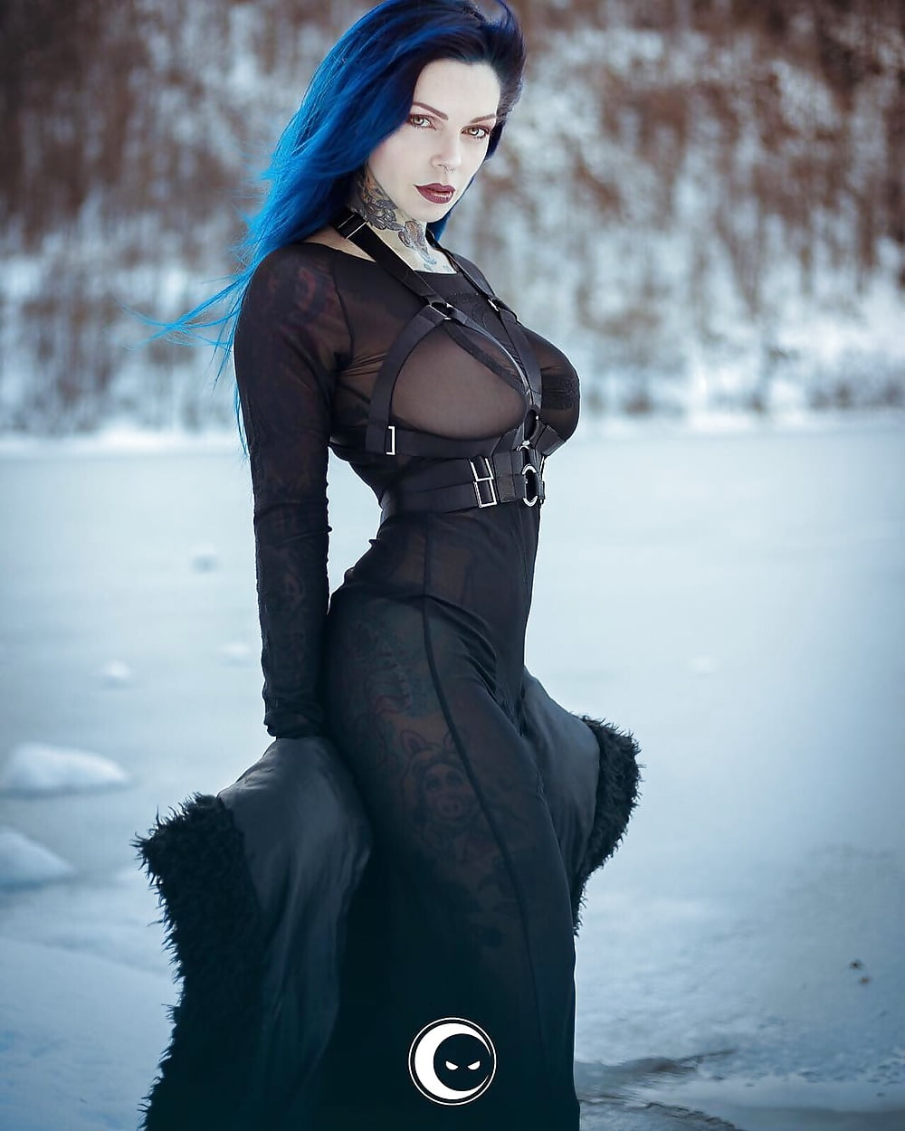 sexy-naked-gothic-babes
