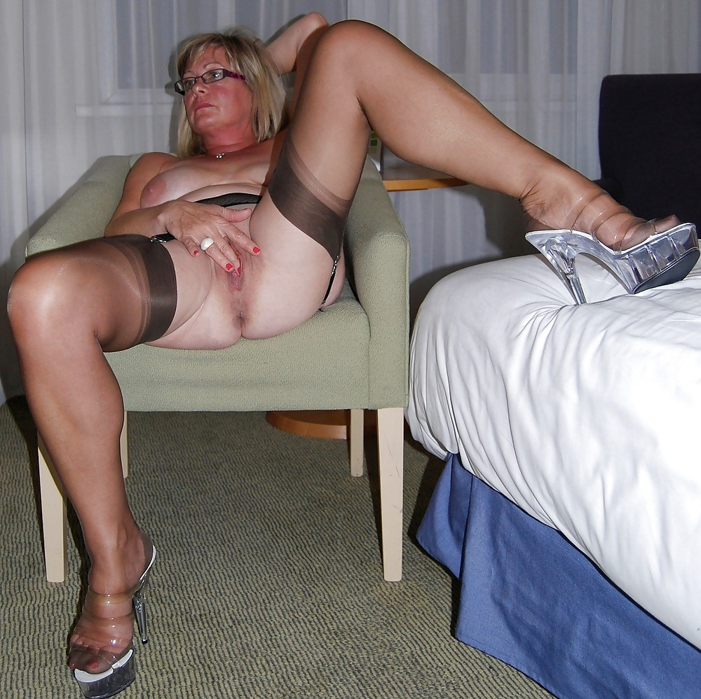 Older mature women in stockings