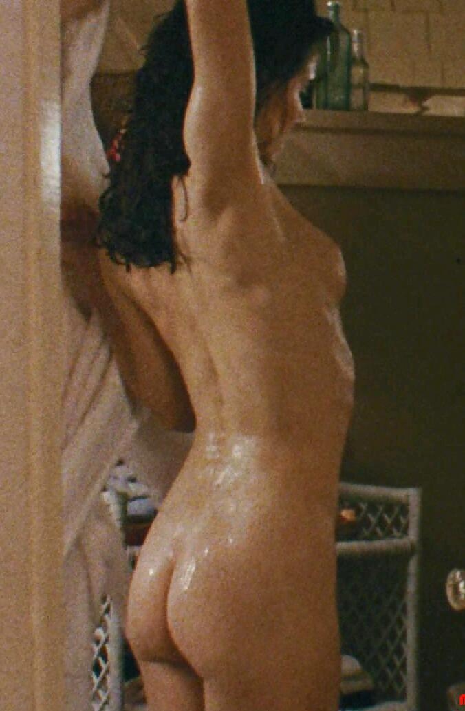 madeleine-stowe-nude-pics-milf