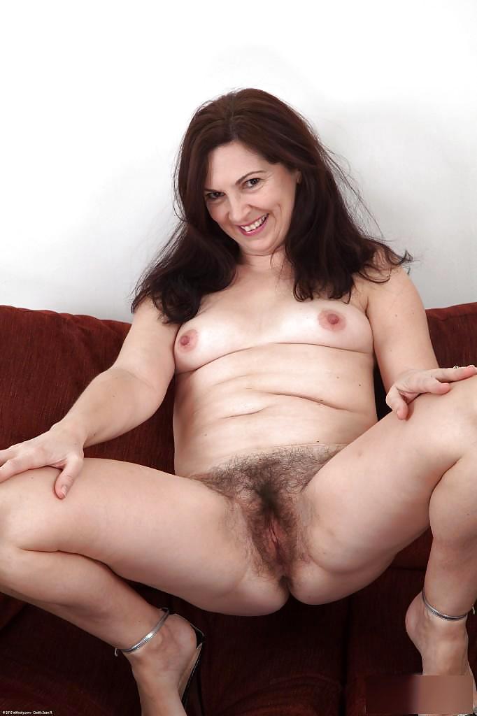 Horny hairy mature-2983