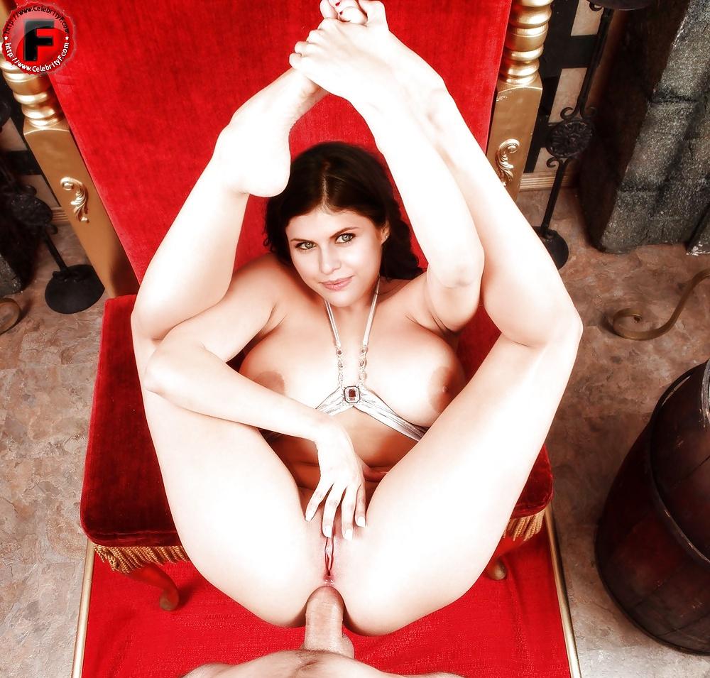Порно александра даддарио видео, голые пухлые бабы фото