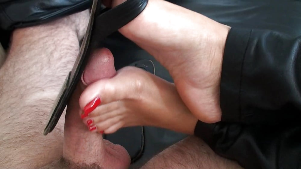 Filthy Teen Jessica Lux Takes Off Leather Pants And Masturbates Shaved Pussy