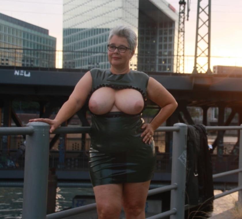 Sexy german dating bitch Biggi - 27 Pics