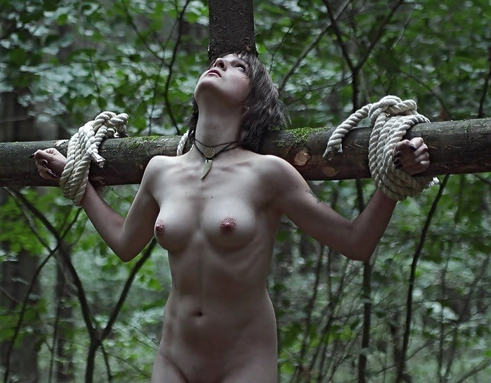 lesbian-married-tits-ass-girl-crucified