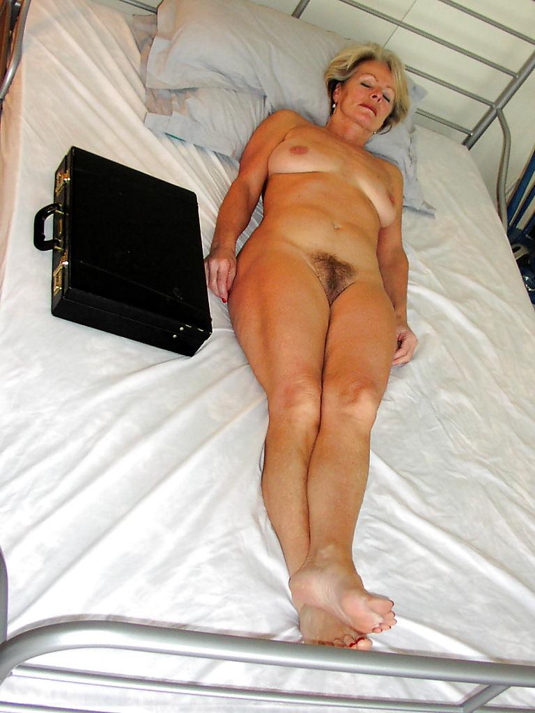 Mature Lady Justine 2 - 30 Pics  Xhamster-3423