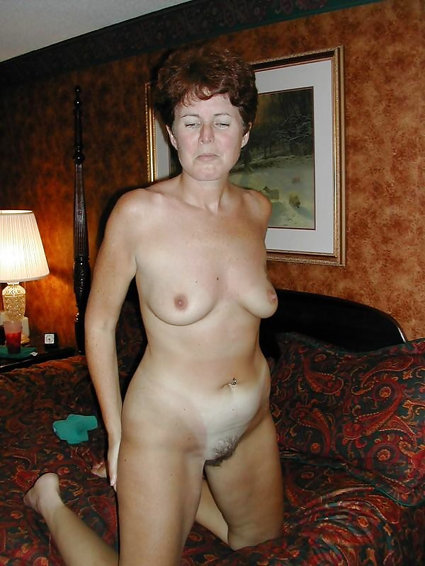 Natural mature women pics-3028