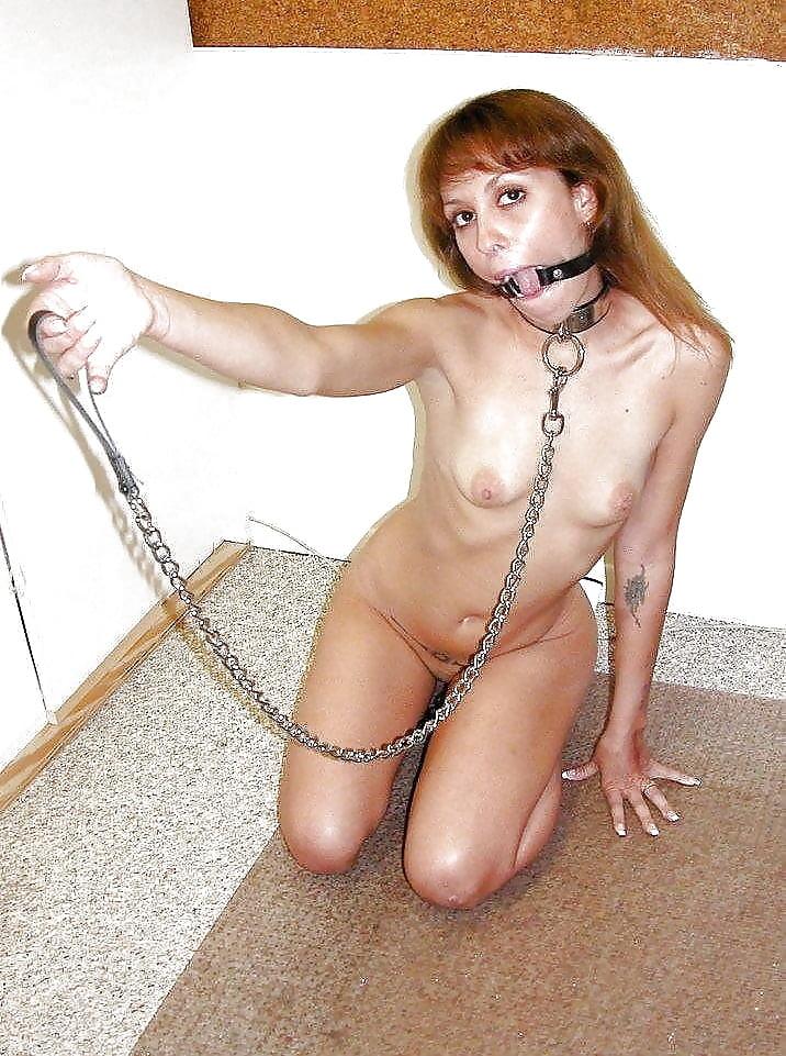 isabela-pics-sexy-slave-girls-on-leashes-islamic