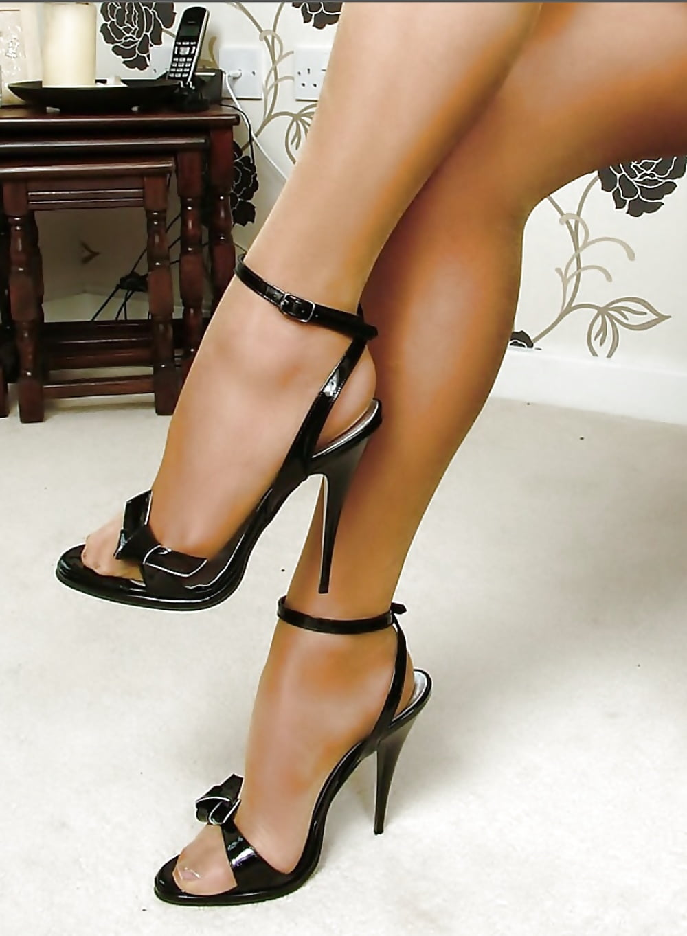 Sexy stiletto high heel galleries