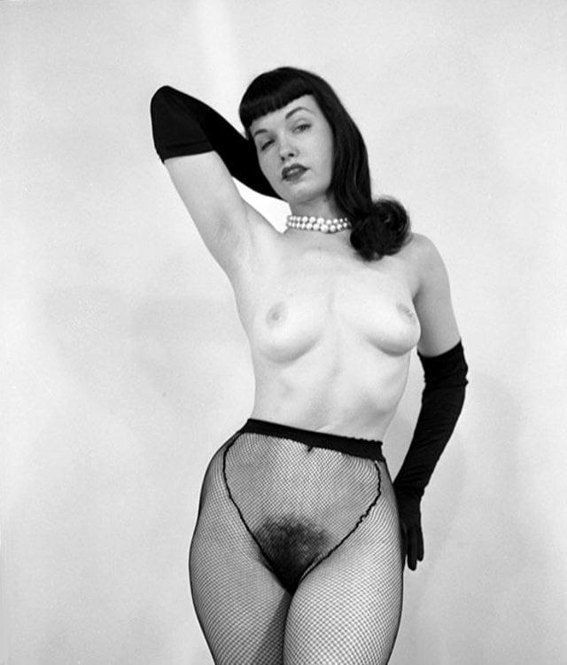 betty-page-hardcore-naked