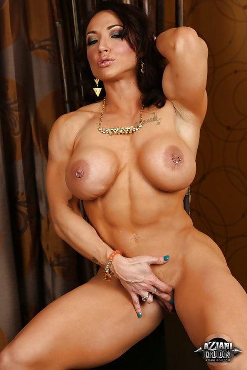 Biceps sex, naked hot sexy men licking girls