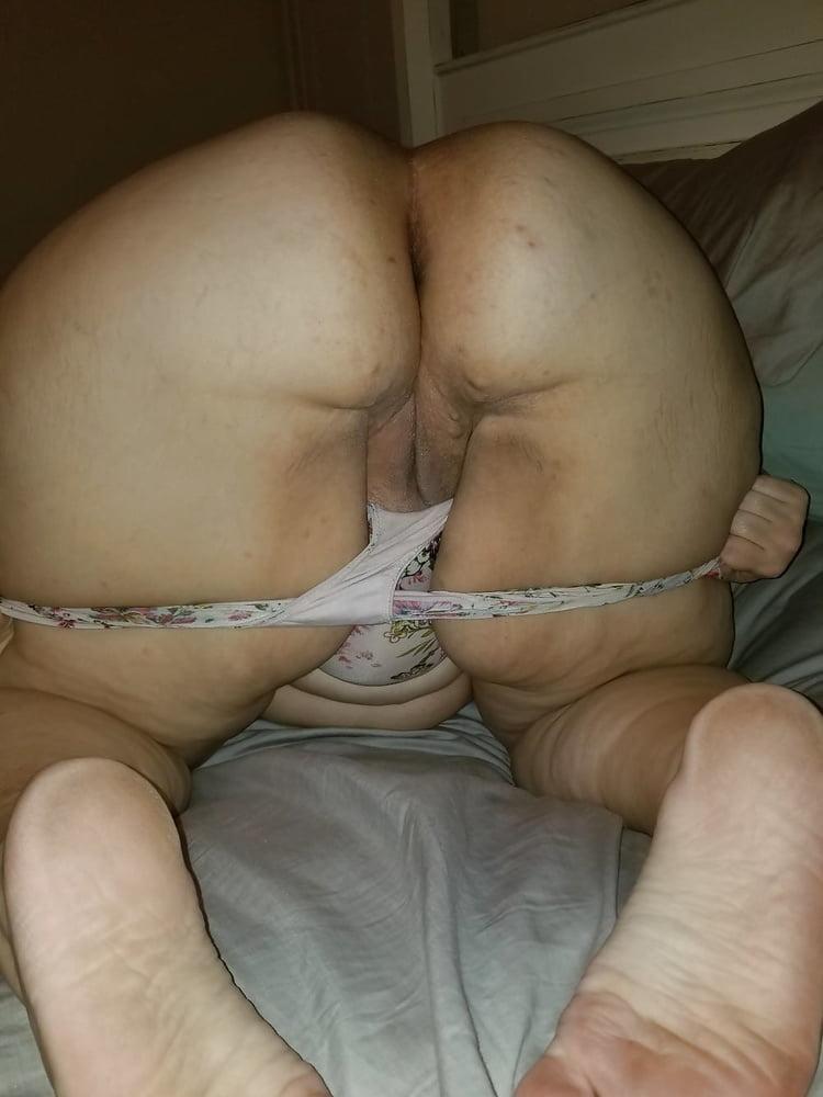 Dirty panties and mature women