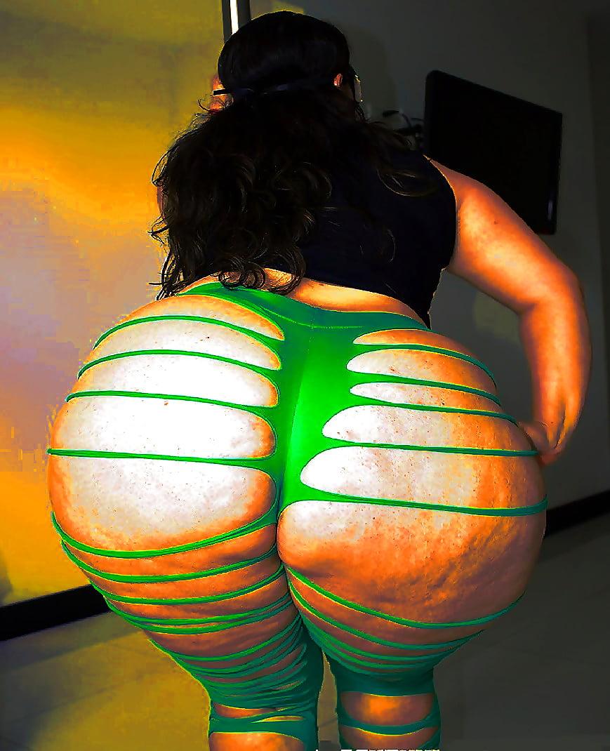 Big jiggly booty
