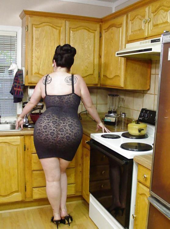 большая задница у домохозяйке найдете