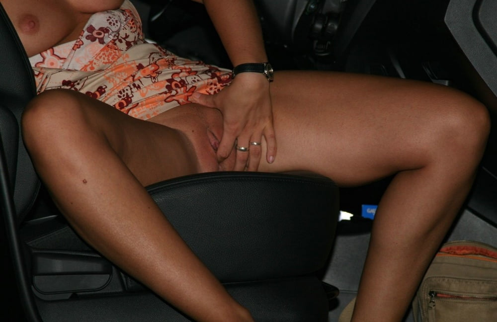 Dogging Whore - 21 Pics