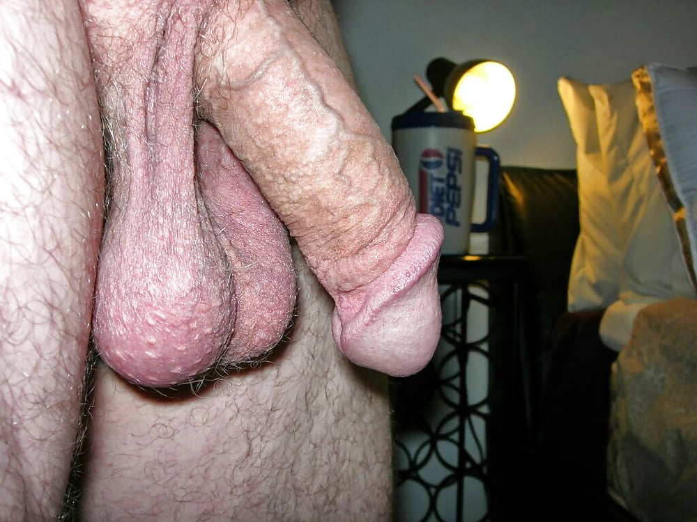 Big thick soft hanging cock