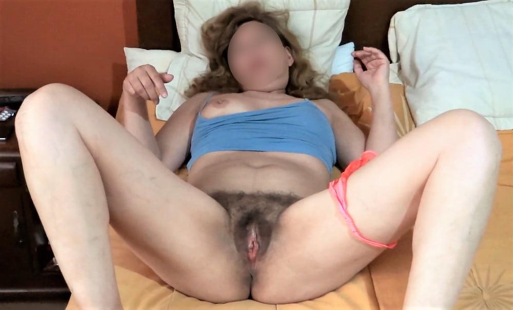 Sorelle hairy pussy