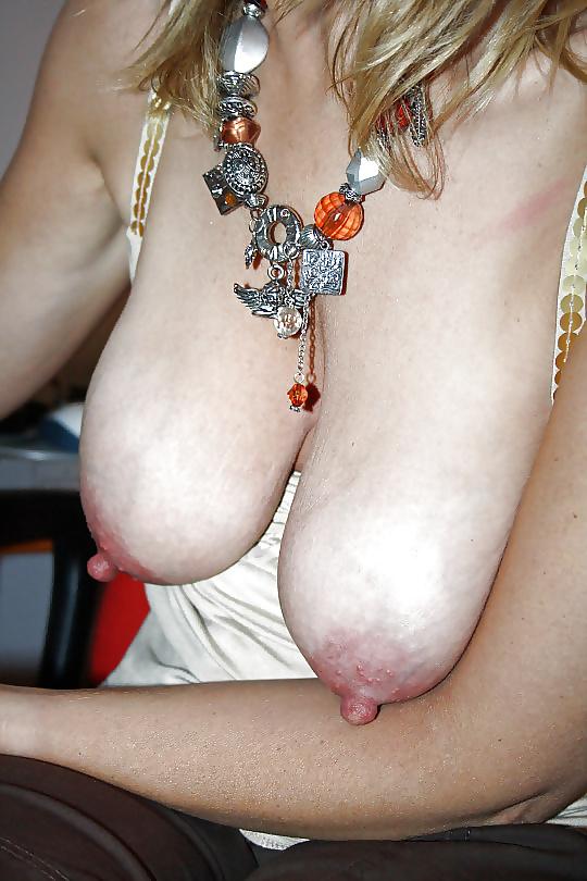 Saggy tits porn photo