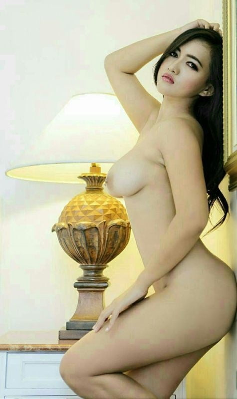 Model indonesia hot sexy naked