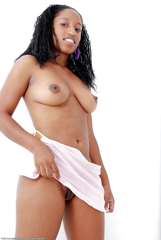 Young ebony naked-1376