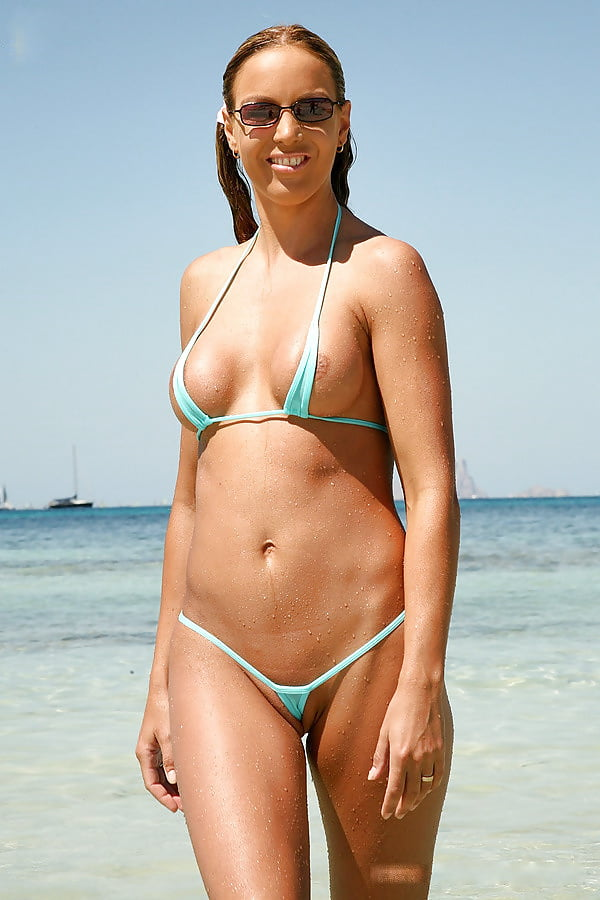 Wife in bikini homemade pics, naked female thongs