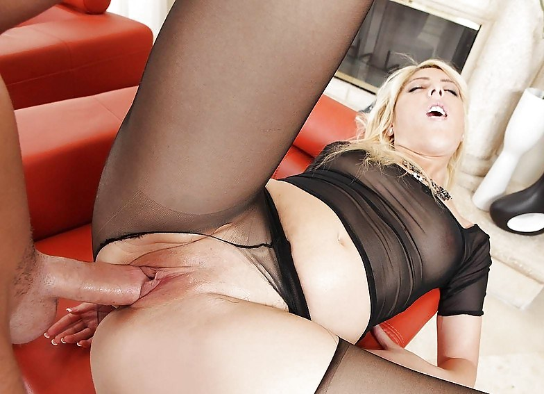 free-raw-pantyhose-blonde-sex-movies