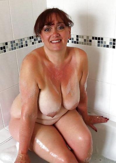 Granny shower porn pics