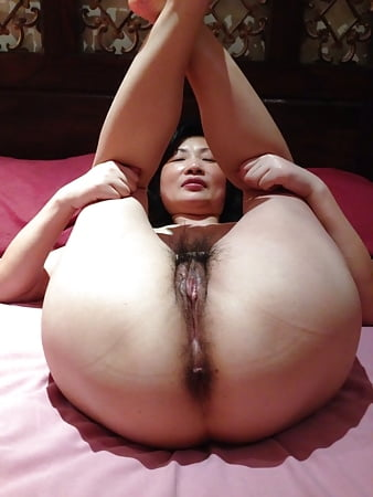 mature chinese pussy asian