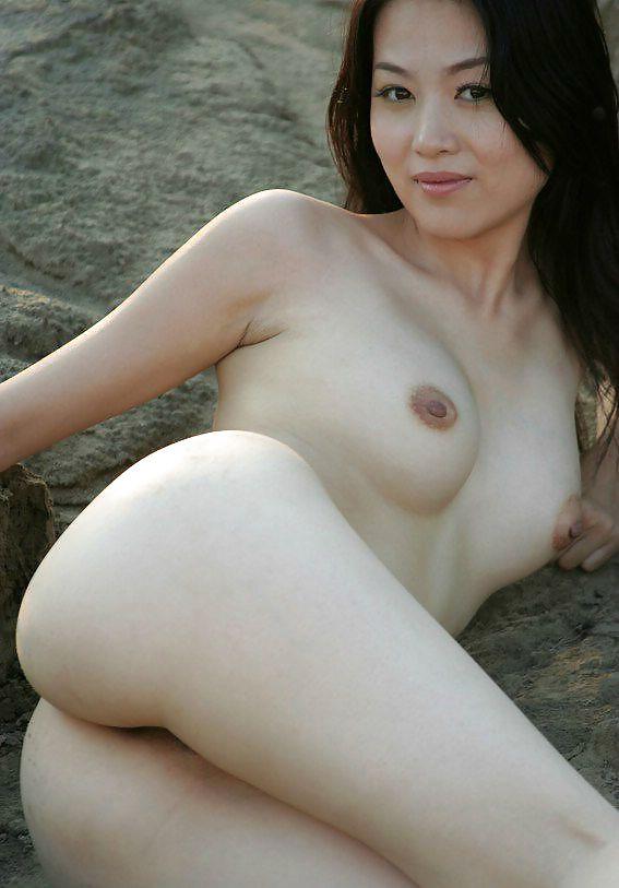 Naked mature chinese women nude