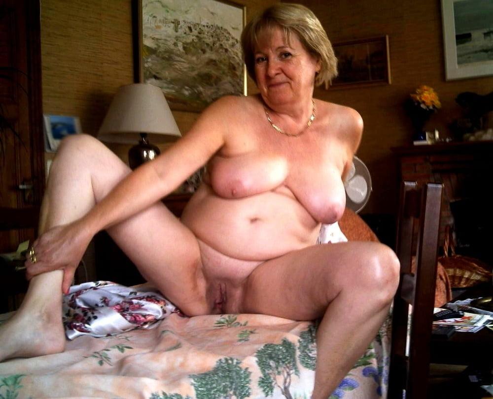 Horny older women near me-6617