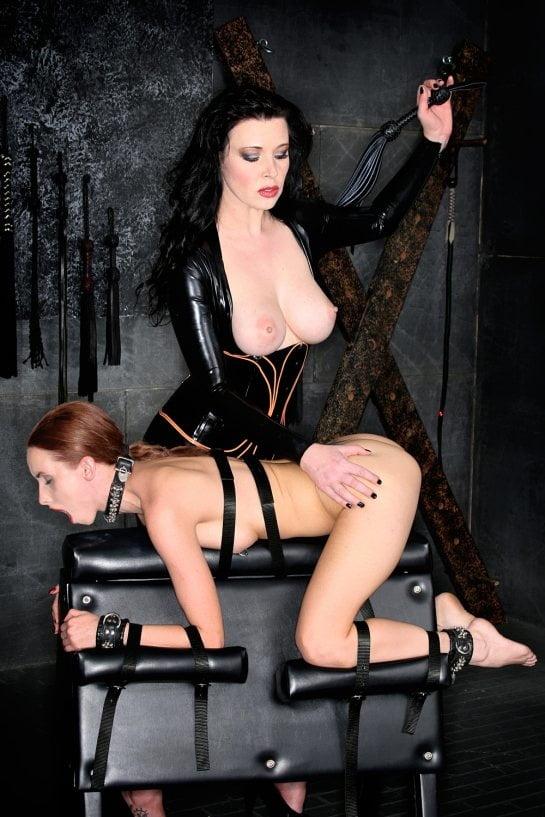 Lesbian Hardcore 002 - 99 Pics
