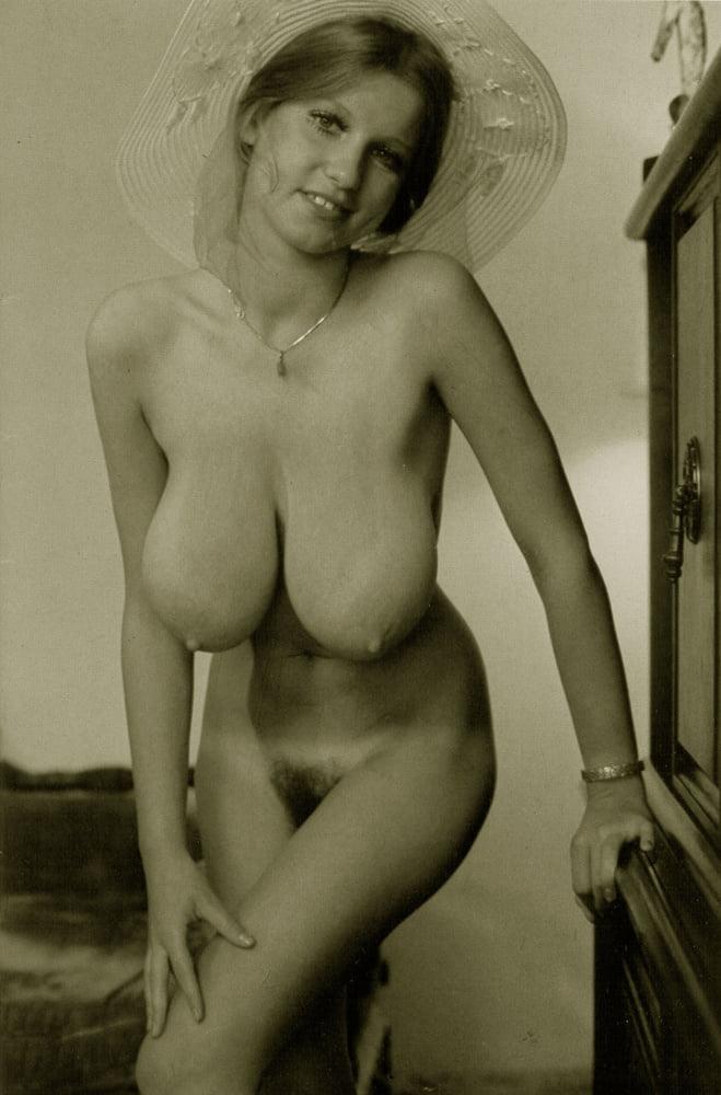 Vintage boobs tube-3602