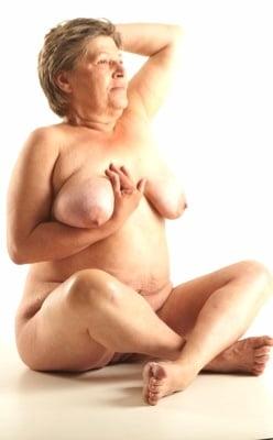 British mature women in stockings-7219