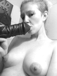Hotwife Carina, 36 from Germany loves Cocks - 24 Pics
