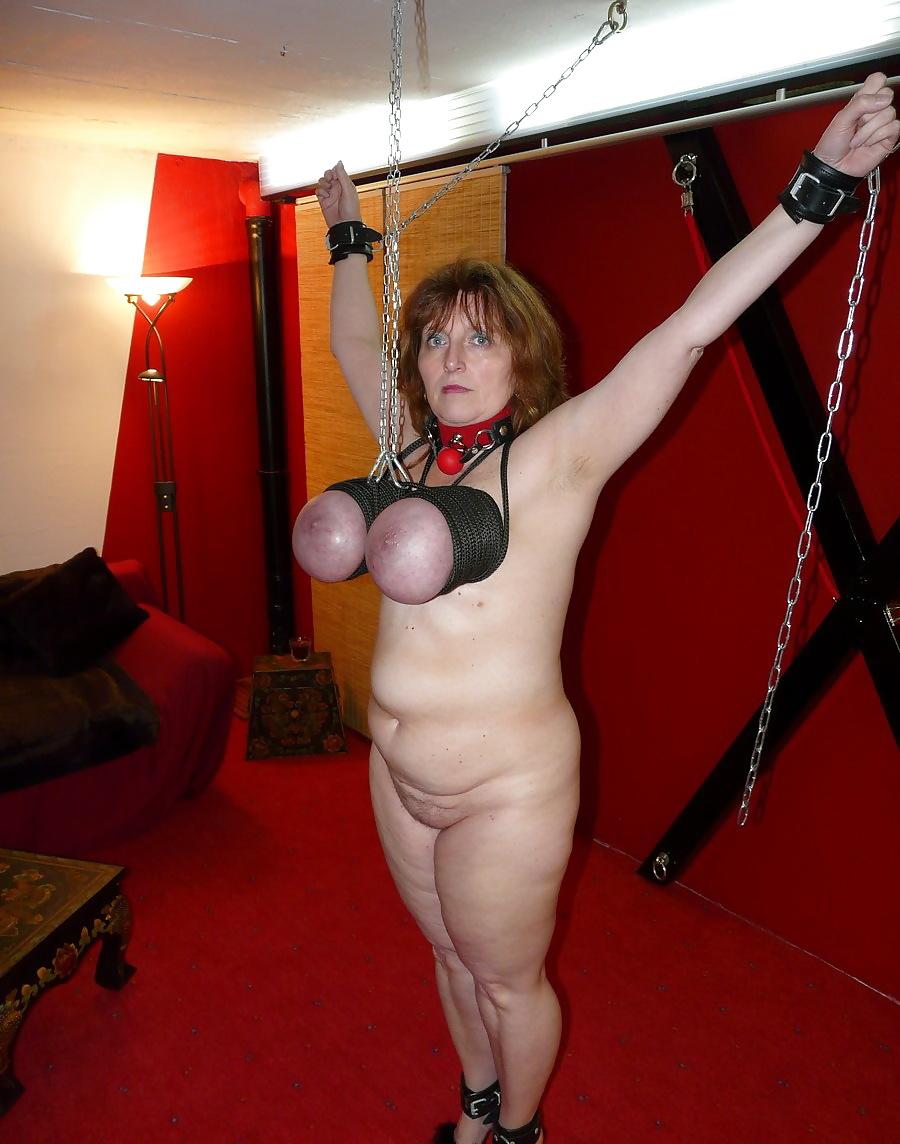 Fisting mature bondage pics