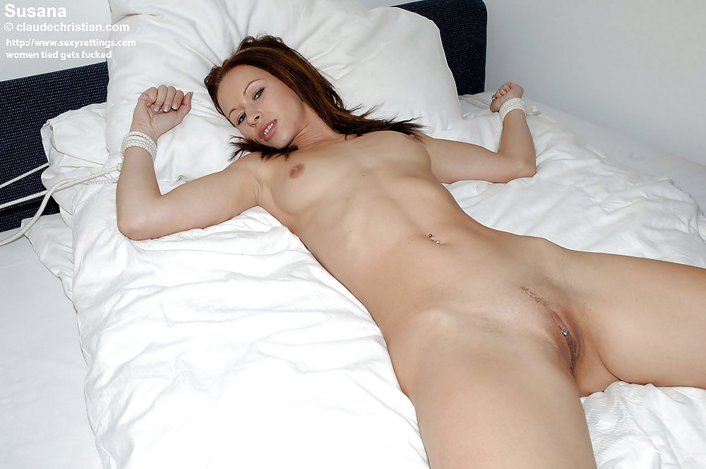 naked-girls-spread-out-bed-naked-ass-big-dick