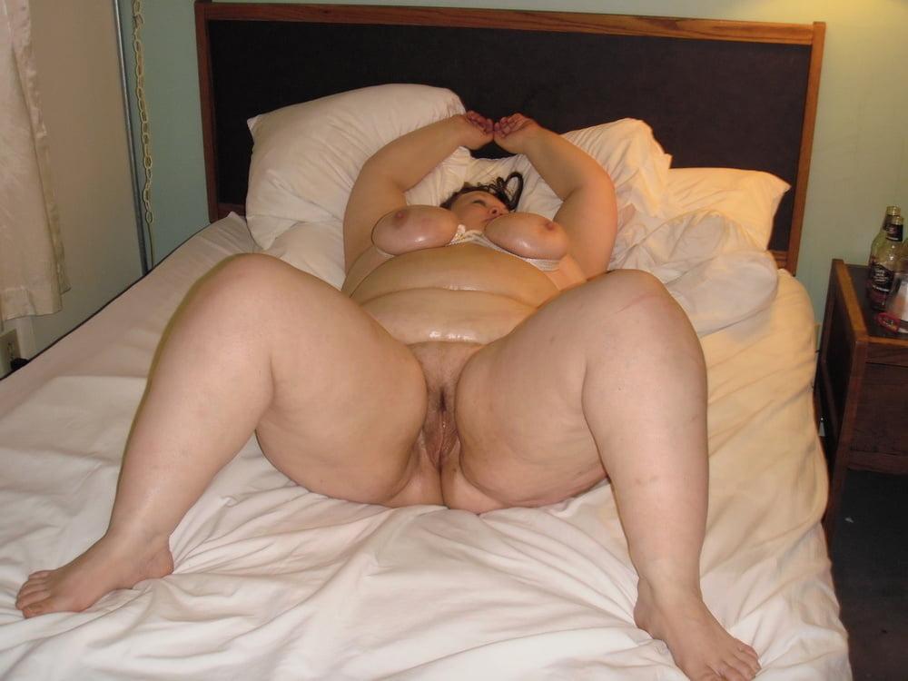 Fat Ass Wife Nude