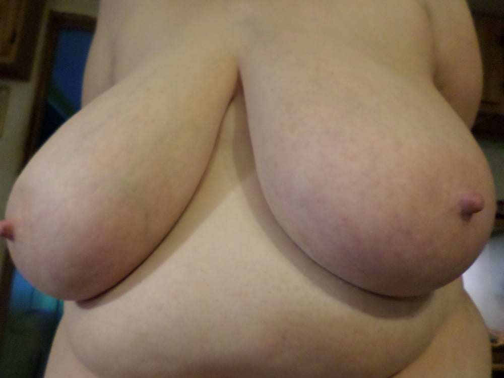 Natural boobs threesome-1789