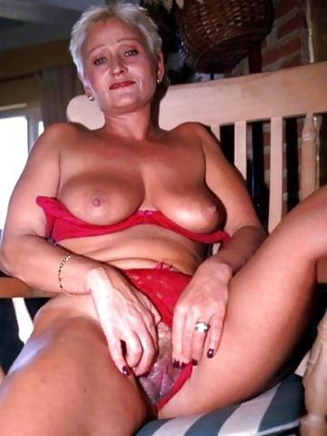 Webcam studio Deployed wife marketa stroblova xxx