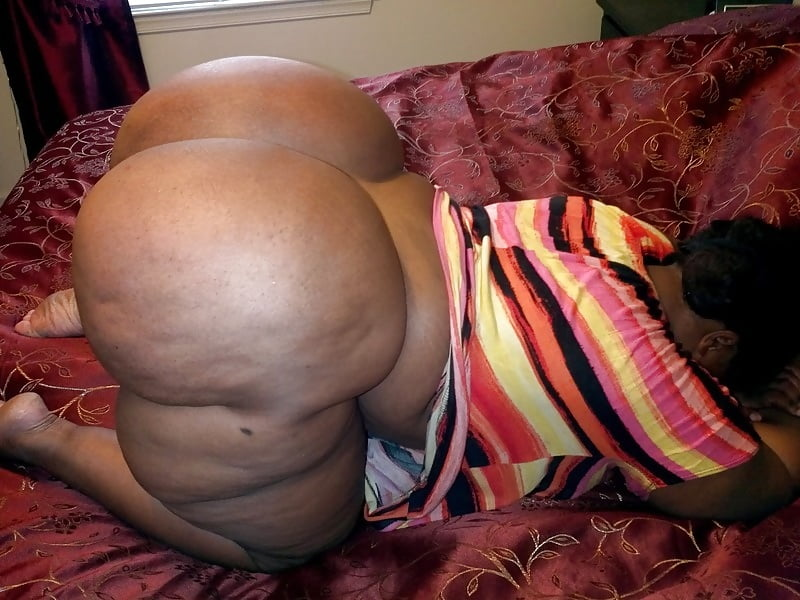 Nylon pantyhose fetish oral sex