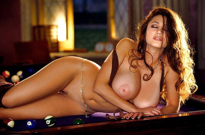 Miriam Gonzalez Enjoying A Shower