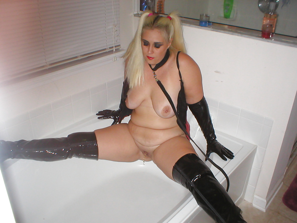 Party night porn-8532
