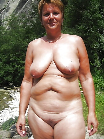 beach Mature at nude