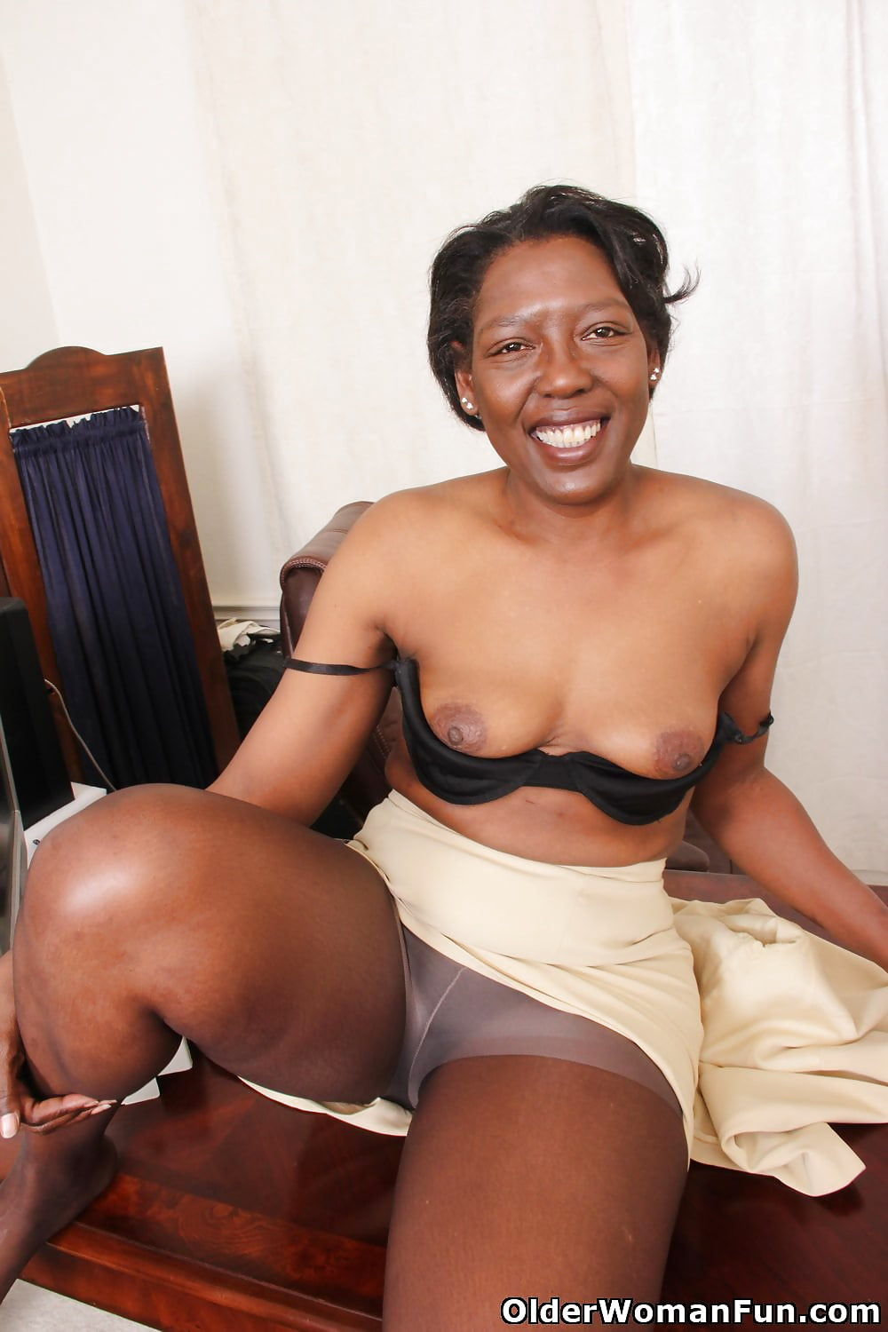 Mature on black thumbs gallery, horny mature video galleries