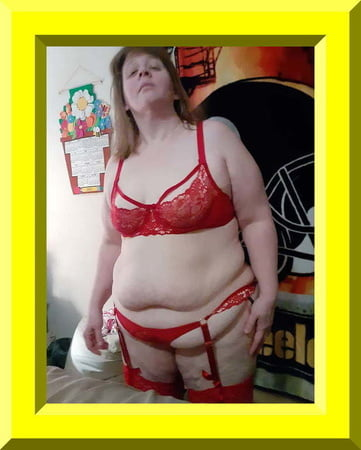 expose dirty bbw web whore in red suspenders