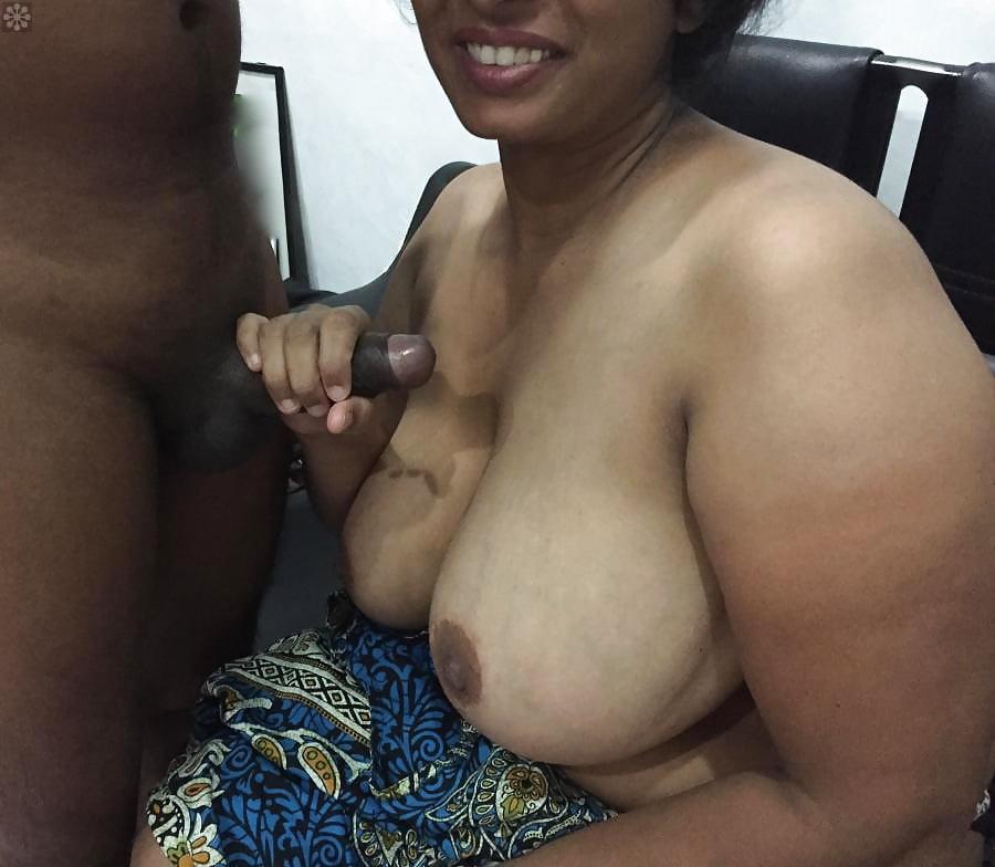 Sri Lanka Fat Pussy