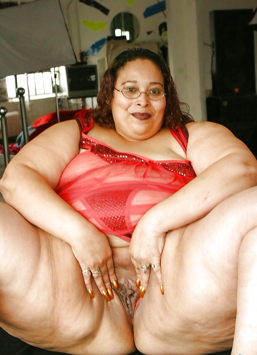 Ambrosia Porn see and save as ambrosia bbw show her pussy porn pict