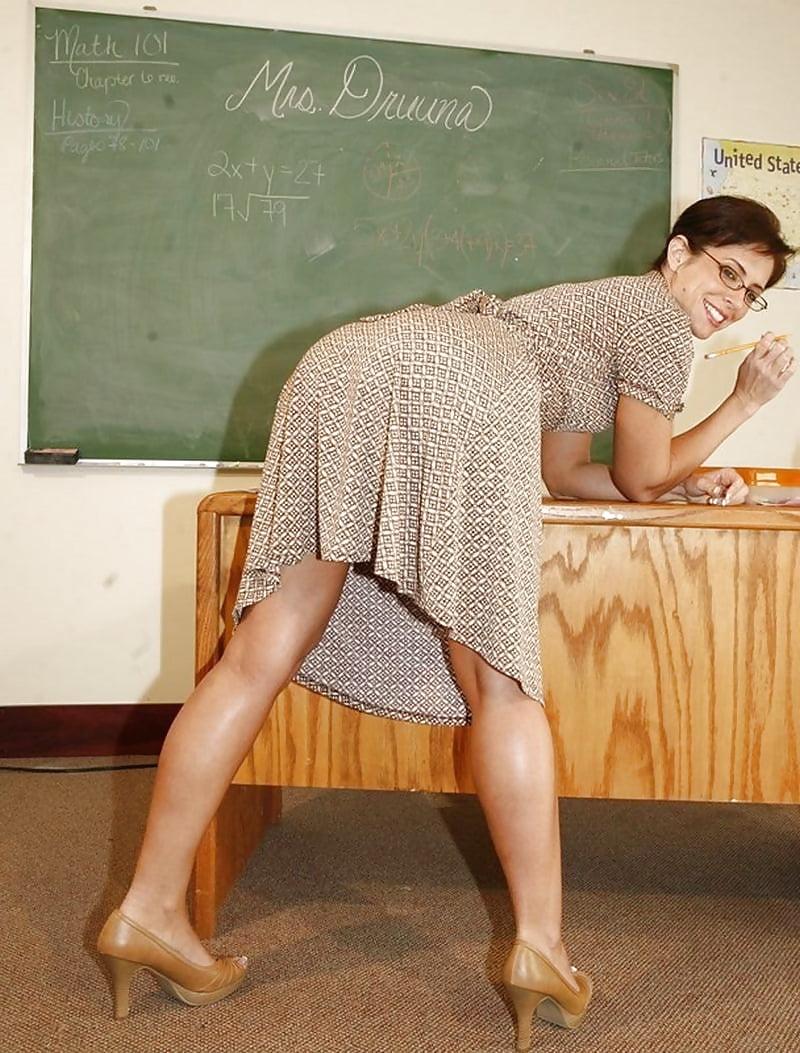 A teacher with a big butt naked, bachelorette slut nude