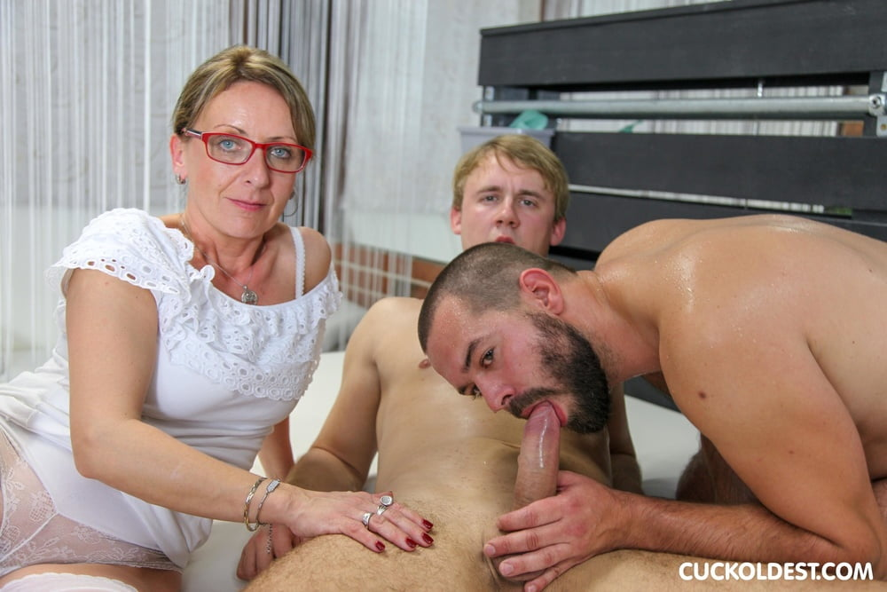 Spitroasted Wife at Cuckoldest - 14 Pics