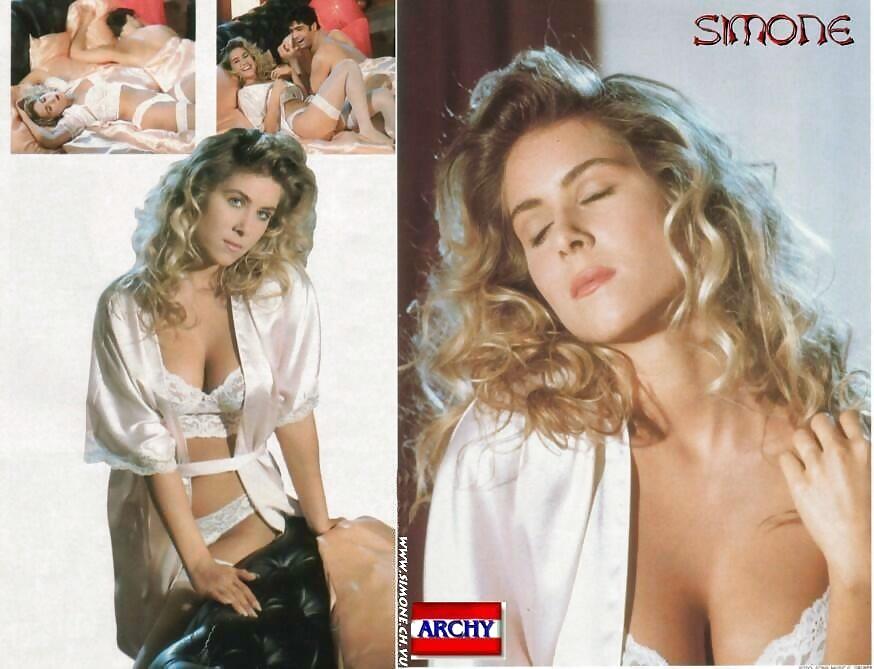 Stelzer nackt simone Simone Wiki: