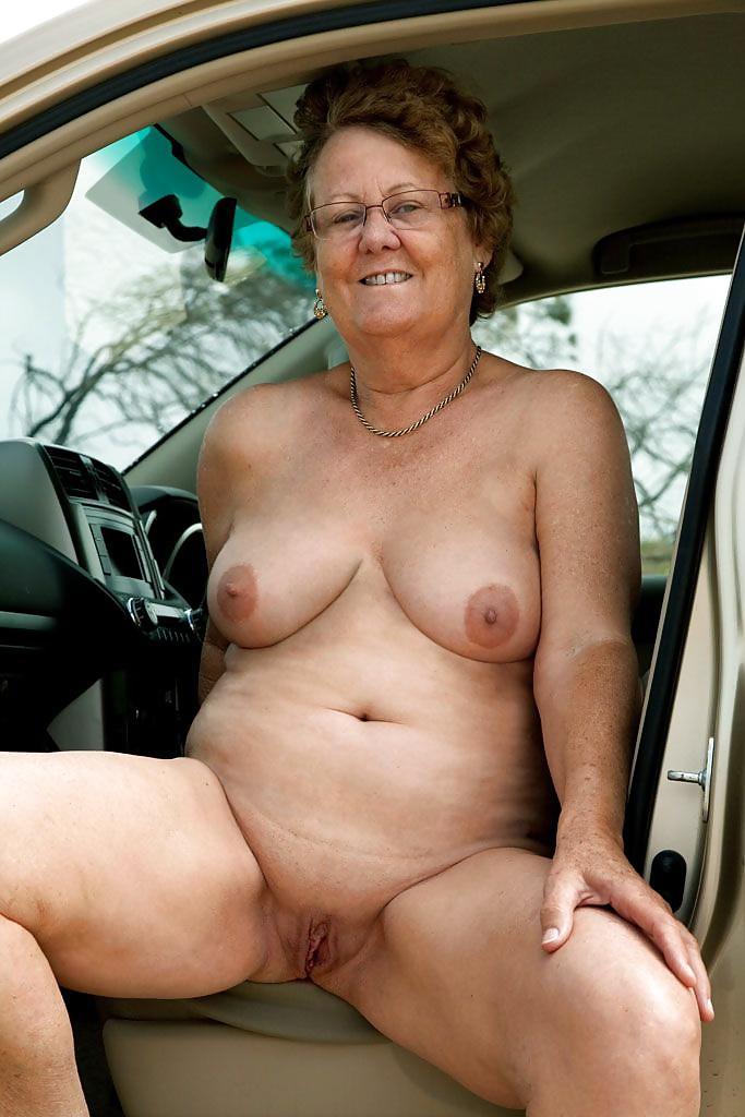 amateur-nude-granny-pics